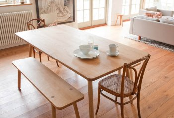 Dining Table One und Bench One